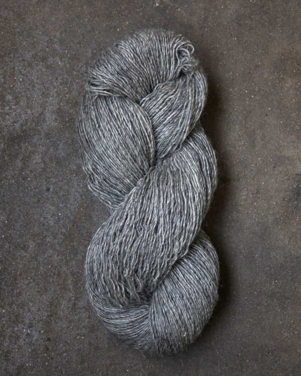 Filtmakeriets klassiska ullgarn Grå 1-trådigt 100 % svensk fårull