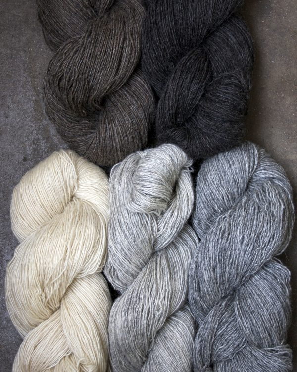 Filtmakeriets klassiska ullgarn 1-trådigt 100 % svensk fårull
