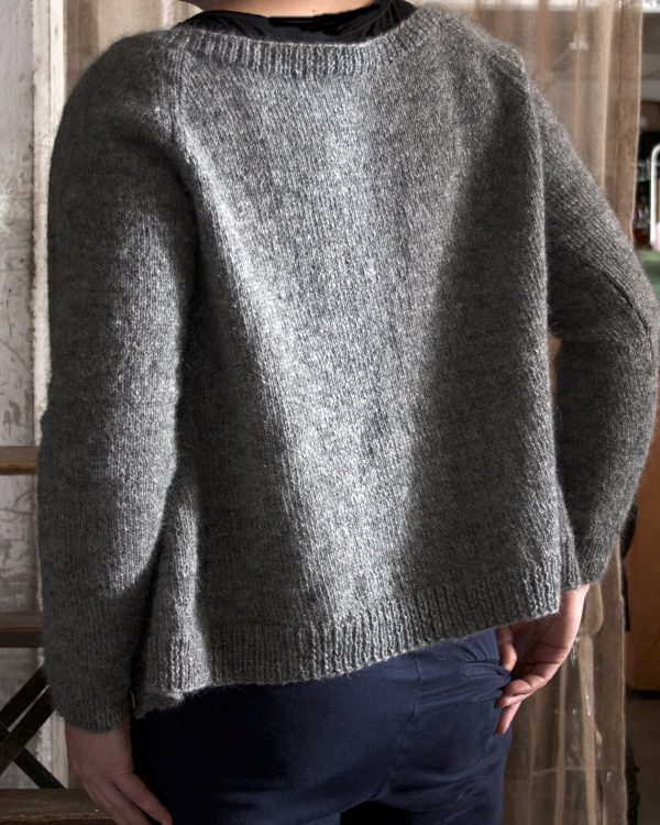 Filtmakeriets raglankofta Klassikt 2-tr grå 100 % svensk fårull