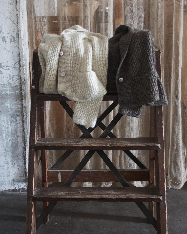 Jacka med vid rygg från 60-talet Klassikt 2-tr naturvit och brungrå 100 % svensk fårull