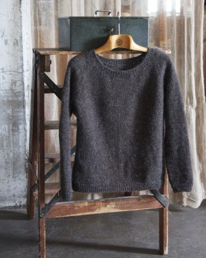 Filtmakeriets raglantröja Klassikt 2-tr mörk gråbrun 100 % svensk fårull