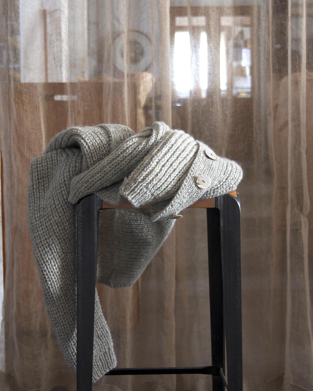Kofta med raglanärm från 60-talet Klassikt 3-tr ljusgrå 100 % svensk fårull