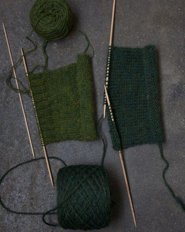 Filtmakeriets tweed Stickprover i grönt 100 % svensk fårull