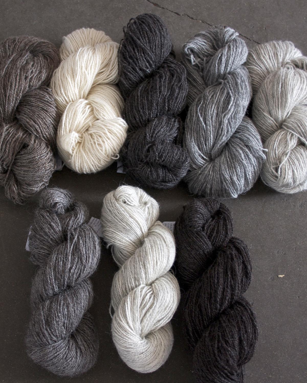 Filtmakeriets Alice och klassiska ullgarn 2-trådigt 100 % svensk fårull