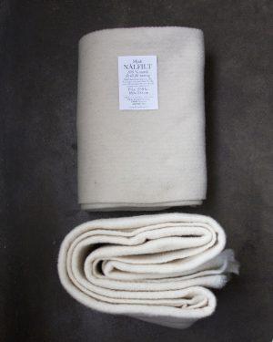 Filtmakeriets STELLA naturvit. Nålfilt för tovning av 100 % svensk fårull