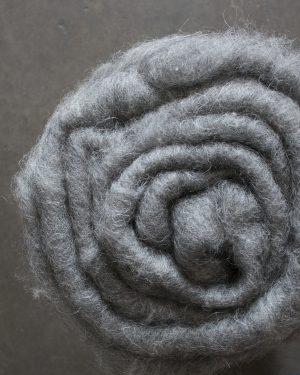Filtmakeriets Kardflor allmoge grå