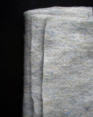 CLEO Ljusblåmelerad nålfilt - Filtmakeriet