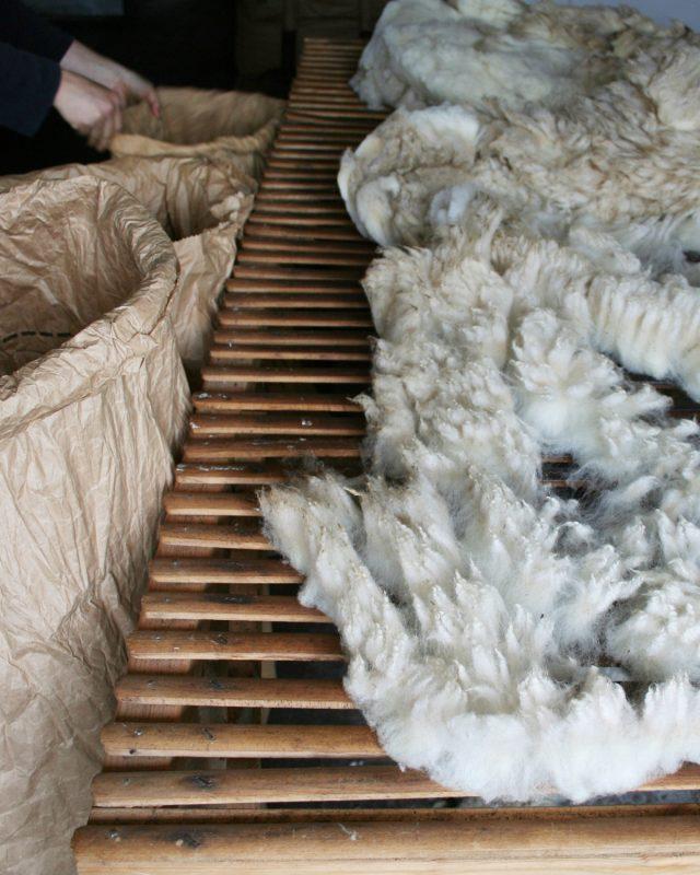 Filtmakeriets kurser med fokus på svensk fårull.